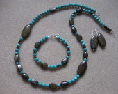 Bronzite and turquoise set