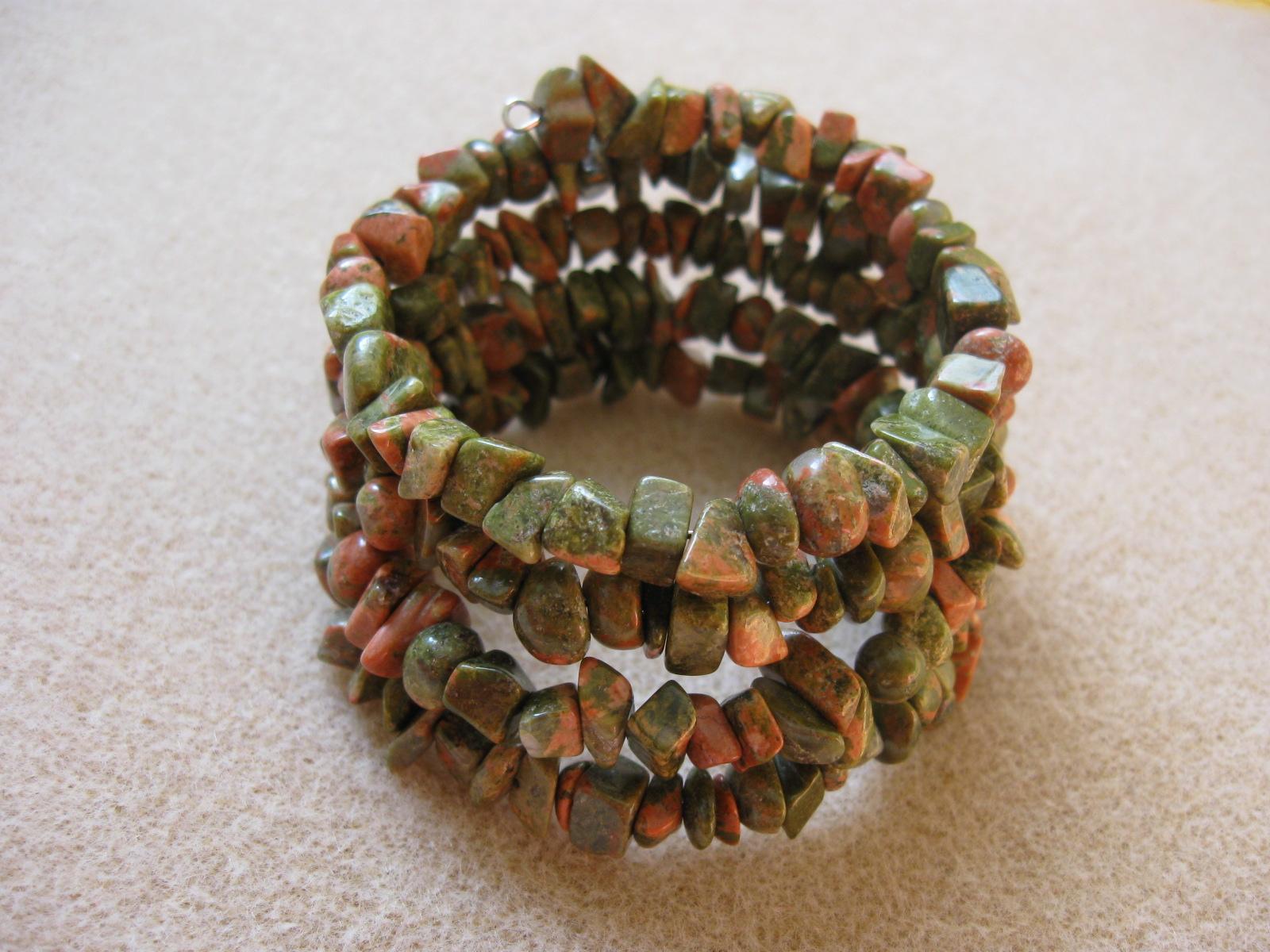 Unakite chips memory bracelet