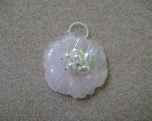Rose quartz and freshwater pearls flower pendant