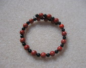Sponge coral and onyx memory bracelet