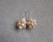 Freshwater pearls cluster earrings