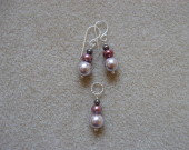 Sea shell and freshwater pearls earrings and pendant set