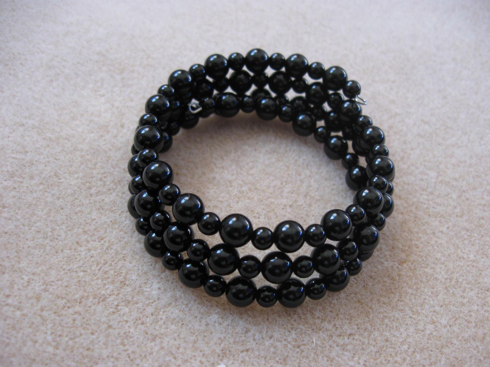 Onyx memory bracelet