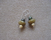 Agate and freshwater pearls earrings