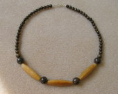 Honey jade and bronzite necklace