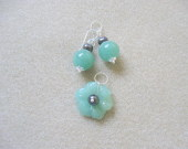 Aventurine and freshwater pearls earrings and pendant set