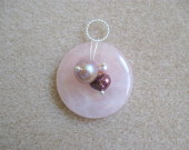 Rose quartz and freshwater pearls pendant