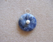 Sodalite and freshwater pearl pendant