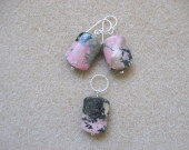 Rhodonite earrings and pendant set