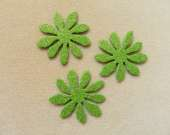 Green flower magnet set