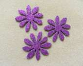 Purple flower magnet set