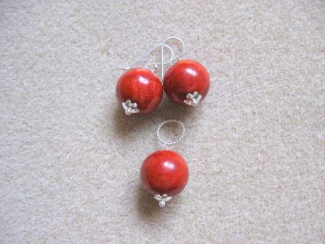 Sponge coral earrings and pendant set