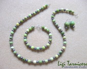 Chrysoprase and freshwater pearls set