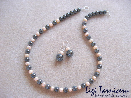 Hematite and freshwater pearls set