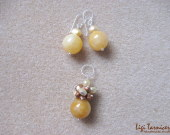 Honey jade and freshwater pearls earrings and pendant set w