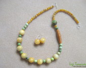 Honey jade and chrysoprase set w
