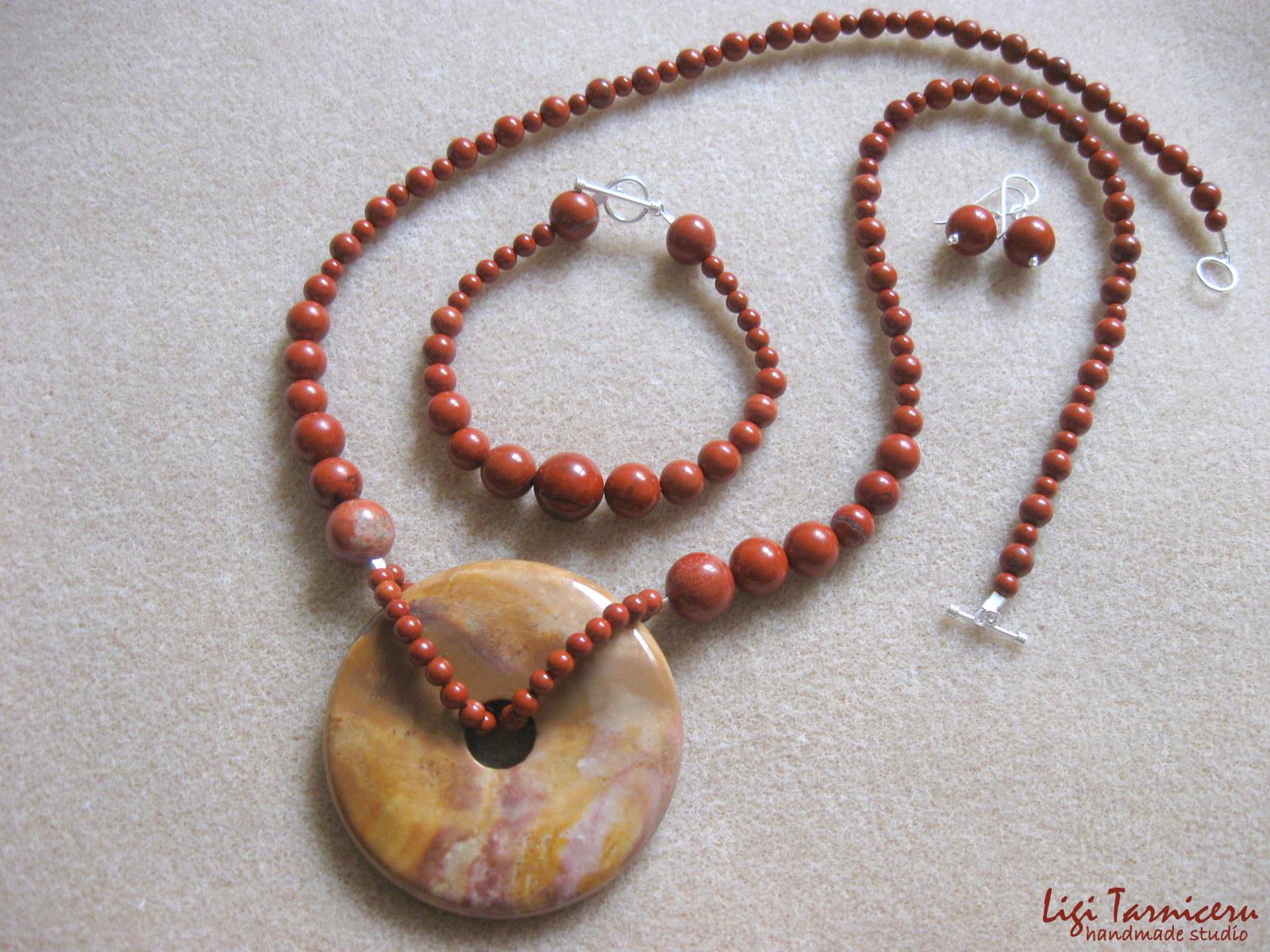 Red jasper, agate pendant - necklace, bracelet and earrings set