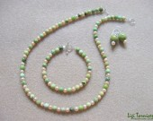 Chrysoprase, freshwater pearls and sterling silver necklace, bracelet and earrings set